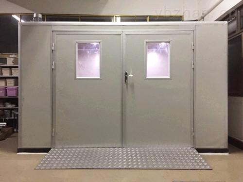 步入恒温恒湿试验室
