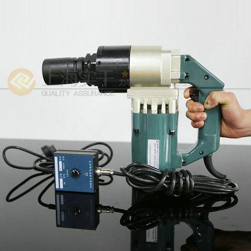电动定扭力扳手